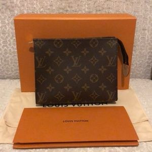 Hold for potential buyer Louis Vuitton Toiletry 19